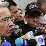 Senador @AlvaroUribeVel le pide a la Corte Suprema que lo investigue http://t.co/kvz7VvOQXi http://t.co/ease0axjdM