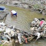 Los areneros de Minitas en Manizales marcharon exigiendo su derecho al trabajo http://t.co/NUWwD9r1DS http://t.co/SM0jh0DVRl