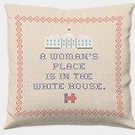 Présidentielles américaines: financement et produits dérivés tout en féminité pour Clinton! http://t.co/b1hXYLrmRx http://t.co/4g7273Cghy