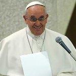 프란치스코 교황이 지난 25년 동안 TV를 안 봤다고 밝혔습니다. 미국 NBC 방송에 따르면 교황은 1990년 7월 15일부터 TV를 멀리 했다고 말했습니다. http://t.co/8vuARMxmOm http://t.co/8Uc3QWSSvl