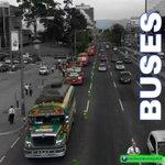 Buses y taxis deben utilizar el carril derecho en #TráficoGT. PMT Guatemala sanciona a quienes no cumplan y respeten. http://t.co/2ZDND5AlEv