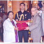 RT @IVidyanikethan: Dr. Anuradha, Principal-SVCN receiving National Florence Nightingale Award-2015 from the Hon'ble President of India. ht…