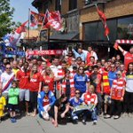 @WGRZ Soccer fans at @Mes_Que for the last day of the English Premiere League season Sunday. http://t.co/ZPyp5FkbKq