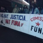 @IgualdadPartido #Tolerancia0 Reunidos en las afueras de @chilevision exigiendo #FueraBurgos http://t.co/FjacEGQZdJ. Llévense tb. a #paulsen