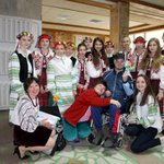 100 Children threw a concert for the wounded Ukrainian servicemen treated in western Ukraine http://t.co/MdenDjCjdR