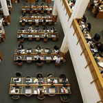 Libraries could outlast the internet, head of British Library says http://t.co/oidFXhRAd4 http://t.co/Kleyde6ySF