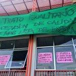 AHORA: Gremios del Hospital de #Iquique se tomaron la dirección y mantienen el PARO de unos 900 funcionarios @biobio http://t.co/eiZwhdR1Cl