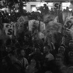 El run run, en las calles. Con @ManuelaCarmena y @AdaColau ¡ #PrimaveraDelCambio ! http://t.co/7ou6Ypdxzp