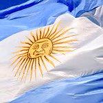 #25deMayo Al gran Pueblo Argentino Salud! #VivaLaPatria ???????? http://t.co/9esmU4cDtt