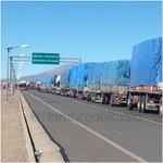 COLCHANE: Paso fronterizo con Bolivia congestión sobre las 12 horas. Retraso de cargas por #ParoDeAduanas #Iquique http://t.co/36zZcApAvh