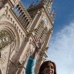 La Presidenta @CFKArgentina en Basílica de Luján totalmente restaurada, por decreto de Néstor Kirchner #VivaLaPatria http://t.co/FiWcfKSgKB