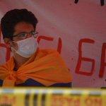 Carlos Bolívar, el estudiante que completa cinco días en huelga de hambre http://t.co/tkJwD1nF64 http://t.co/6CDauSudjE