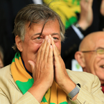 .@NorwichCityFC are promoted Time for @stephenfry, @SnoopDogg and all #ncfc supporters to celebrate! http://t.co/FLtVrqlGLd