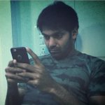 Bitten by the Twitter bug!! Here's what @arya_offl is doing on set!! http://t.co/TyeJxNcrW9