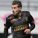 Lancien angevin Karim Djellabi, en fin de contrat à Auxerre, à signer 2 ans à Clermont Foot. http://t.co/3eHdHDQVTC http://t.co/Vdg4dvvfsE