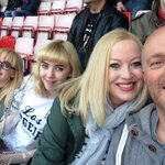 Reed family at @StadiumOfLight ready & waiting for @foofighters ???? ????! http://t.co/KmBvXh8vCV