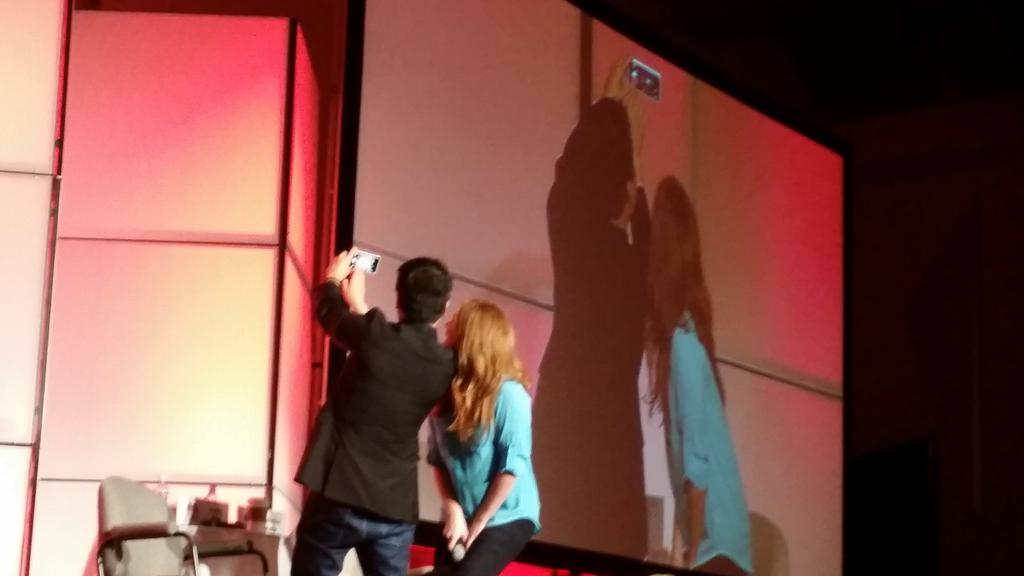 And the @bexmader panel at #DCC2015 ends with a #Zelfie with @GarrettRWang and the crowd! http://t.co/TS4MM5zXtN
