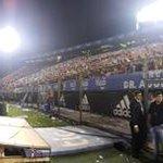 #CERROCAMPEÓN l Estadio Defensores del Chaco repleto, pintado de azulgrana #LaMitadMasUno #ElPuebloEstadeFiesta http://t.co/4ELCq8Eiwi