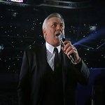 Justo hace un año Ancelotti cantaba el himno de la Décima, celebrando la Copa de Europa. Un año después, destituido http://t.co/ZESyzKS4g1