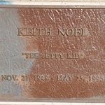 #SanDiego #surfer Keith Noel ‷the jetty kid‴ Owner of ‷Keiths Klothes Kastle‴ died of AIDS on this date in 1995 http://t.co/E1i3JgUrPN