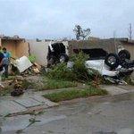 Al menos 11 personas mueren tras tornado en México. http://t.co/oUtAZd7wtJ http://t.co/UUj3PDwmrw