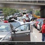 11 imágenes de movilización de taxistas contra #Uber -> http://t.co/kLgD6FuzZ0 http://t.co/QmVSKtHCu1