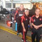 Los utileros de #River, con todo listo antes de partir hacia el Aeropuerto: http://t.co/DKDHeKMz2y
