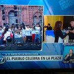 Sincericidio: Según mediosK, la Revolución empezó en el gobierno de Carlos Menem. ¿A 25 años de la Revolución? http://t.co/mOmg7vHRT9
