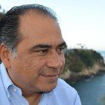 Y @HectorAstudillo acusa a gobernador de promover al PRD en #Guerrero http://t.co/C7CI9uRuJB #ComoEnLasNovelas http://t.co/WmW5Opg9Lj