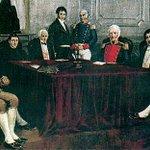 #Ahora #25DeMayo Los viejos héroes de Mayo. Los nuevos héroes de Mayo. (El futuro ya llegó) http://t.co/dwXSsanMg3
