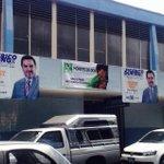 Candidatos que no respetan edificios publicos con su propaganda @FDoringCasar @QuitaUnAnuncio http://t.co/Mt37X5nGce