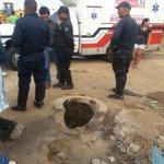 via @victormanuelro:  : Aquí cayó niño de 7 años y su madre se lanzó a rescatarlo, aún no aparecen, Coro http://t.co/r1FLvB33Yp #Lara