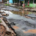 """Una imagen muy fuerte del terremoto llamado """"Cárdenas"""", que azota a Lambaré desde hace años. http://t.co/lqln5USsAN"""