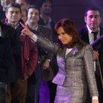 En redes sociales criticaron a Cristina por no hablar de la Revolución de Mayo http://t.co/VLf3t1uFop http://t.co/3Ru8ll9JFk