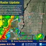 9:31PM: Severe squall line is moving to E/NE. Damaging winds are likely w/ a few tornadoes possible in the NW Delta http://t.co/FyX4DEk0tG