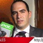 Detienen a abogado de Martín Belaunde Lossio en Bolivia http://t.co/eAlCjFc5Vc http://t.co/ne23xlBI4F
