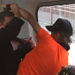 Man punched in the face for defending Muslim women from abuse on train http://t.co/8SkJss3SPn http://t.co/xcpG8GMP8k