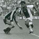 #AjaxKalender: Vandaag is oud #Ajax-aanvaller Simon Tahamata 59 jaar geworden! Gefeliciteerd Simon!