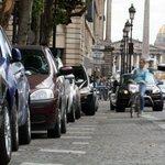 Lever le pied à Paris pourmieux respirer http://t.co/ZdQj4TWhfJ http://t.co/Neyta6zgIg