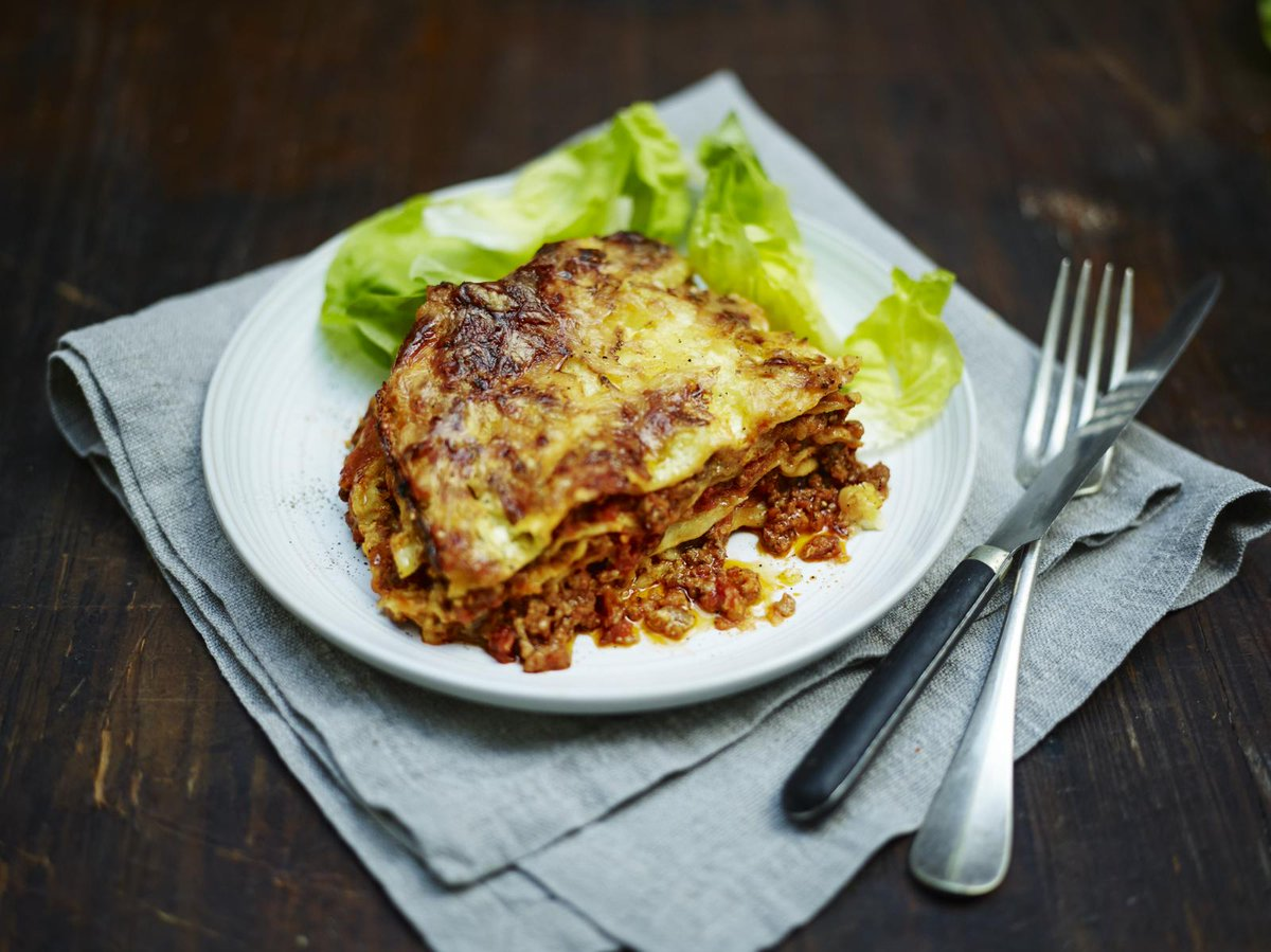 #Recipeoftheday is a special one for today's #FamilyFood launch - My classic family lasagne http://t.co/Ea8mn7El1x http://t.co/pcia0xZE3p