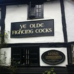 Britains oldest pub is under pressure from animal rights group Peta to change its name http://t.co/LTN4OqCkfW http://t.co/VbYBV7BnXd
