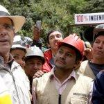 Se quejan por un cheque simbólico, mientras Uribe nos inauguro túnel de la linea en 2.008. túnel aun en construccion http://t.co/BwgSUAwmTU