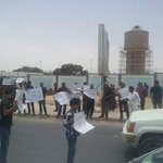 #Libyas Parliament in #Tobruq suspended its meeting after protesters demand dismissal of PM Abdullah Al-Thinni. http://t.co/bzXqem58JH