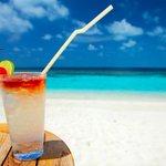 #ConGanasDe estar en mi playa favorita tomando un rico cóctel. #Huatulco http://t.co/U65kMX1IZ0