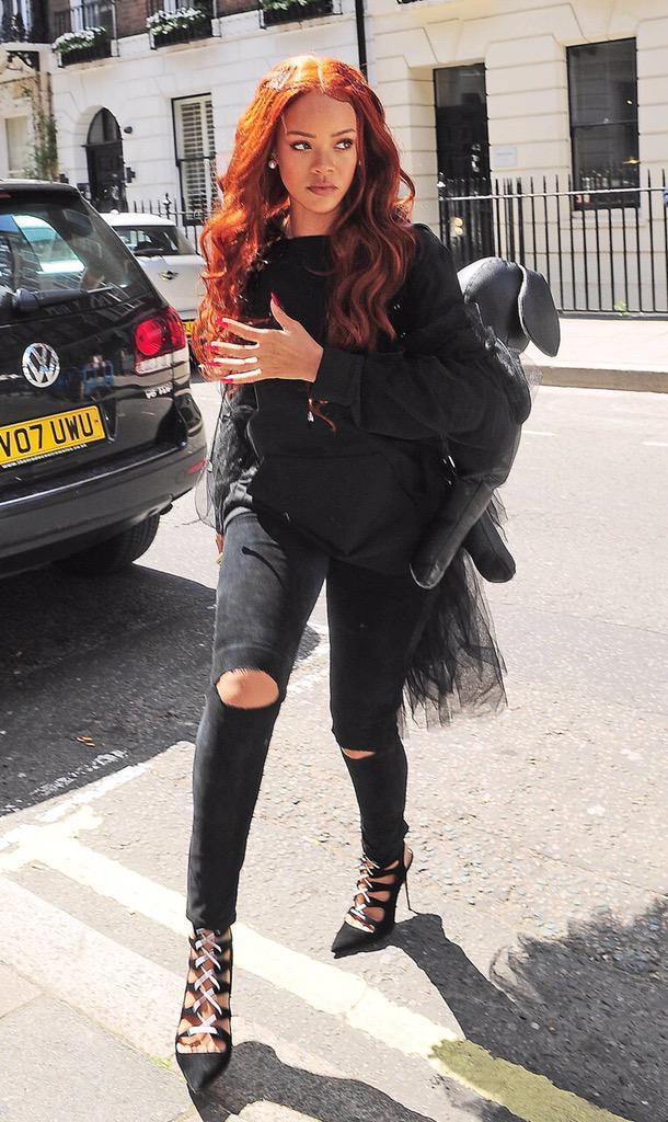 Rihanna in London. http://t.co/2W2VHPfIp5