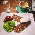 *Avocado Lovers Unite* - 10 ways to eat avocado in #London this week. Rye bread is the one. http://t.co/nsJPD9ARiD http://t.co/wxNge2Em1j