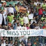 Message to #India from Pakistani crowd at Qaddafi Stadium #Lahore during #PakvsZim match. http://t.co/2T6XqXz2tp