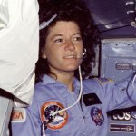 RT @WhiteHouse: Sally Ride would've been 64 today. Here's how she inspired us to reach for the stars → http://t.co/hTKHwdxQ8w
