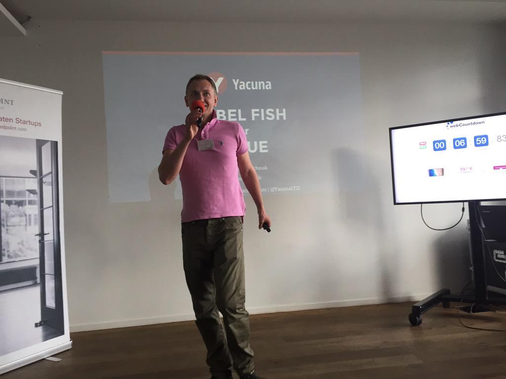 Yacuna macht Kredite einfach  #rpitch http://t.co/8uFgowzZfE
