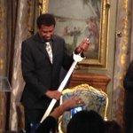 """BRAVO! """"Je suis né écrivain au #Québec"""" Dany #Laferrière ce soir avec son épée d#Académicien conçue à #Montréal http://t.co/wRB2bcOg6A"""""""